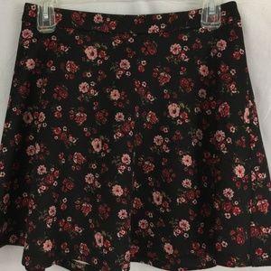 """Forever 21 Short Skirt Size M (28"""" Waist) Black"""